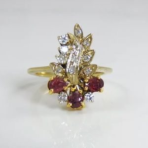 Diamond Cluster Ruby 14k Gold Ring size 6